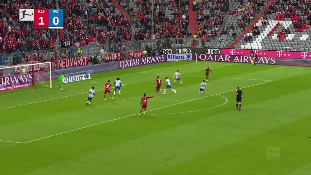 Robert Lewandowski got a hat-trick as Bayern beat Hertha 5-0. DUGOUT