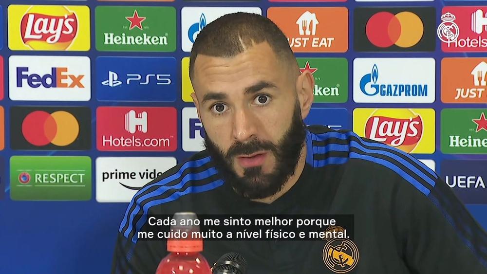 Benzema sobre Real na Champions.
