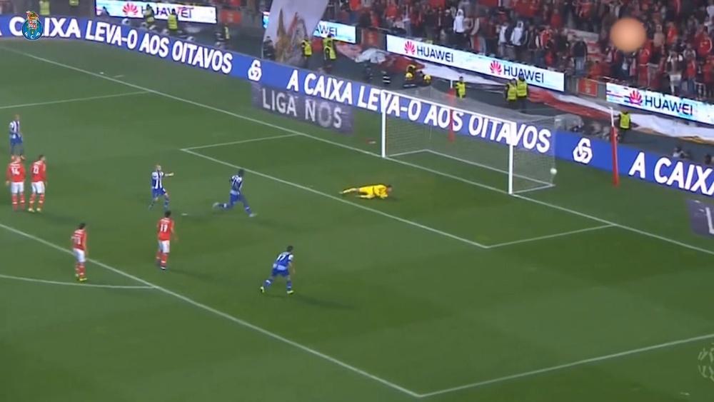 Melhores momentos de Hector Herrera pelo Porto.