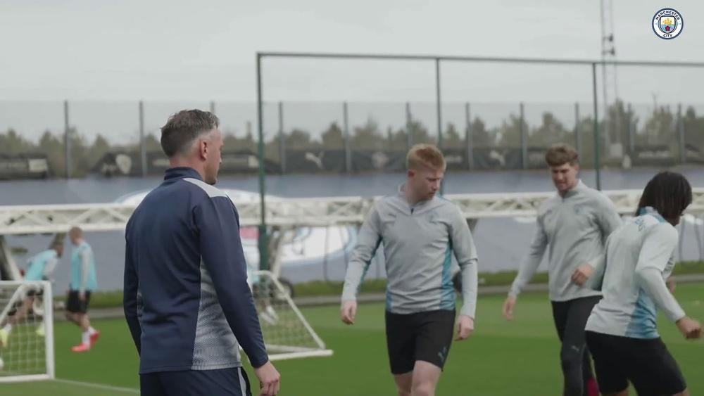 Manchester City treina para encarar o RB Leipzig na estreia da Champions. DUGOUT