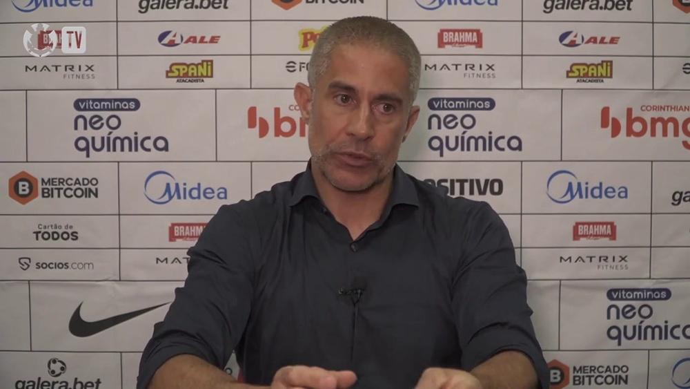 Sylvinho explica situação médica de Renato Augusto e Adson. DUGOUT