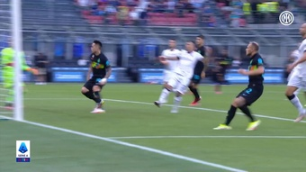 Inter Milan smashed Bologna at the Giuseppe Meazza. DUGOUT