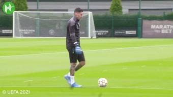 Manchester City prépare le choc face à Leipzig. Dugout