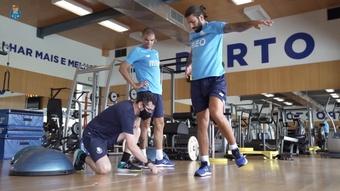 Pepe e Sérgio Oliveira regressam das férias.