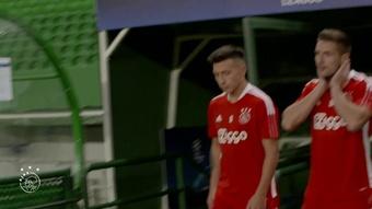 Ajax goleou na estreia na Champions.