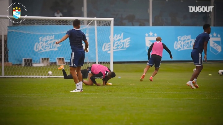 Sporting Cristal were held to a goalless draw by Rentistas. DUGOUT