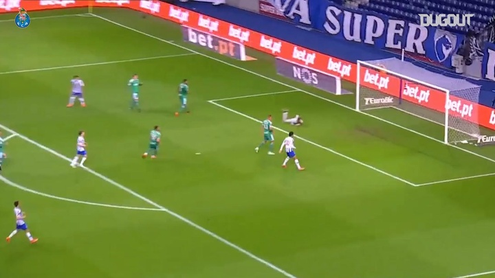 Goleiro do Porto dá assistência precisa em goleada contra o Farense. DUGOUT