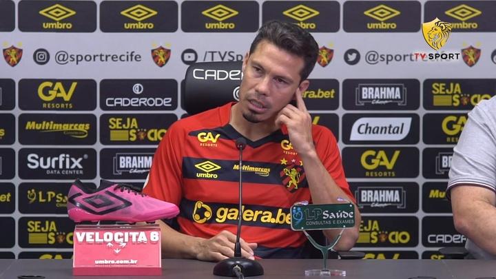 Hernanes fala sobre reencontro com Thiago Neves.