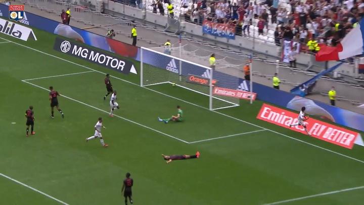 Golaço de Paquetá após linda jogada com Bruno Guimarães no Lyon. DUGOUT