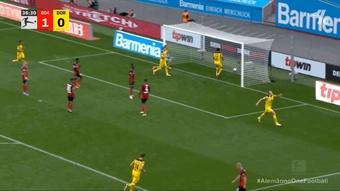 Haaland marca de cabeça e de pênalti em vitória de virada do Dortmund. DUGOUT