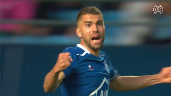 De virada, PSG vence o Troyes na estreia da Ligue 1. DUGOUT