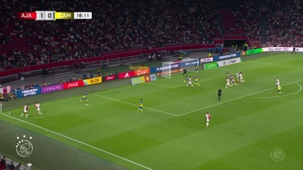 David Neres marca dois, Ajax faz 9 e atropela Cambuur pelo Holandês. DUGOUT