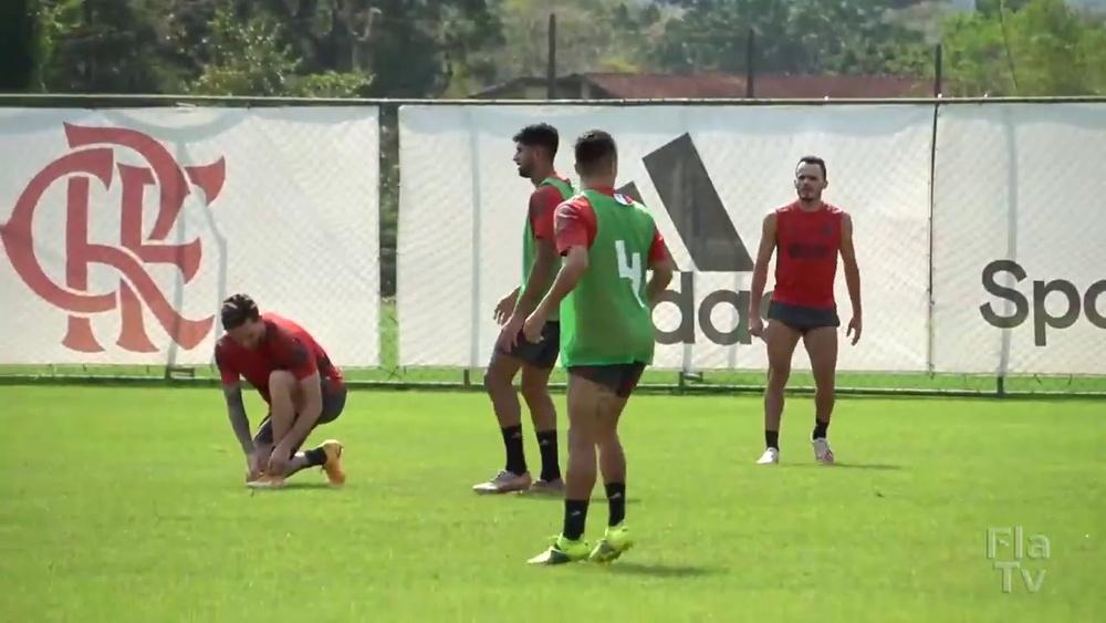 Flamengo realiza treino tático para duelo contra o Palmeiras. DUGOUT