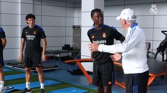 La prima seduta di allenamento di Camavinga nel Real Madrid. Dugout