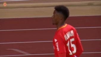 Le joli but d'Adama Diakhaby contre Nice. dugout
