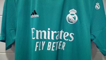 Real Madrid divulga nova terceira camisa para 2021/22. DUGOUT