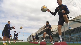 Casemiro has been training ahead of RM's match up with Casemiro. DUGOUT