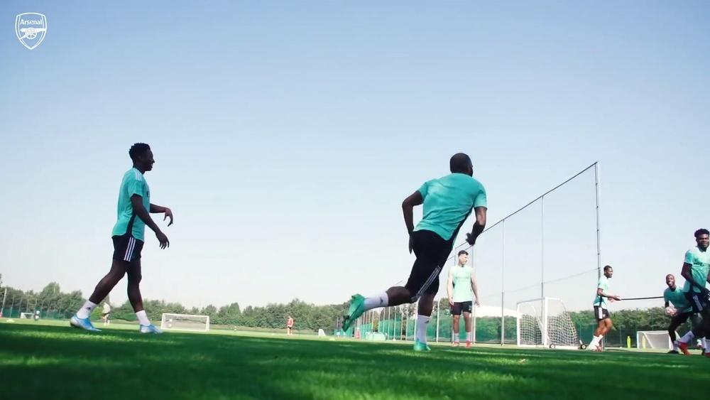 Thomas Partey volta a treinar após se recuperar de lesão no Arsenal. DUGOUT