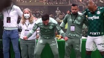 Bastidores do Palmeiras no empate com o Galo. DUGOUT