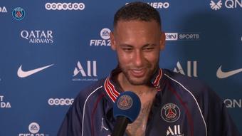 Neymar exalta torcida e sacrifício do PSG em virada sobre o Lyon. DUGOUT