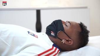 Les premiers pas de Boateng à Lyon. dugout
