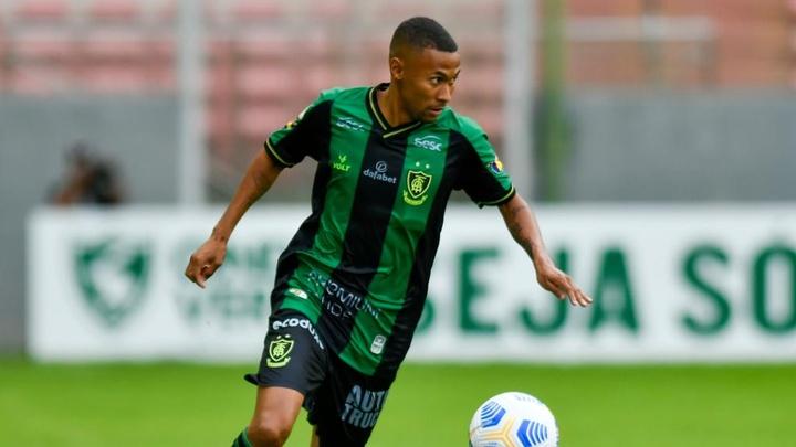 Em fim de contrato, Ademir entra na mira do Atlético-MG. EFE