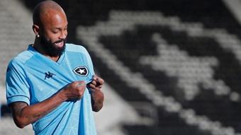 Por que o Botafogo apostou de novo em camisa azul em novo uniforme?
