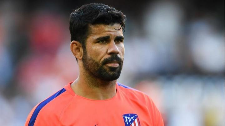Diego Costa pode chegar ao Atlético com jatinho particular de Hulk. AFP