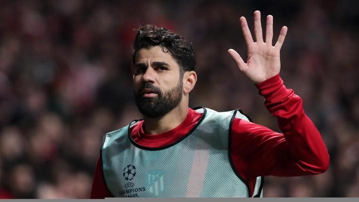 Atlético faz proposta a Diego Costa nos moldes de Hulk, mas vê impasses em negociação.