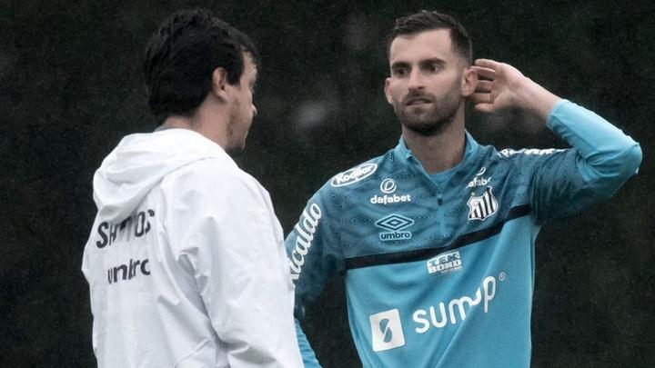 Quando Léo Baptistão vai estrear pelo Santos? EFE