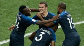 La France prend la tête du classement. Goal