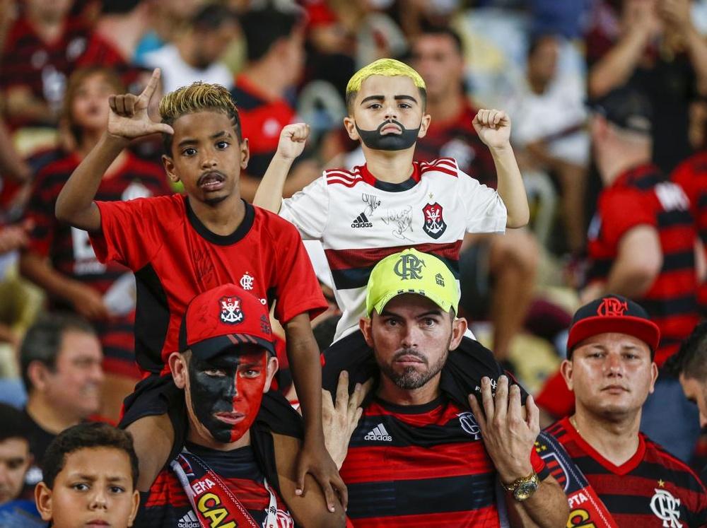 Presidente do STJD rejeita pedido dos clubes e mantém torcida em jogos do Flamengo. AFP