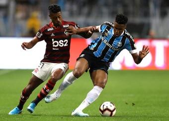 Tiago Nunes barra Paulo Victor e Cortez para o jogo contra o Santos. EFE