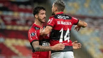 Flamengo, um time dividido entre o ataque que salva e a zaga