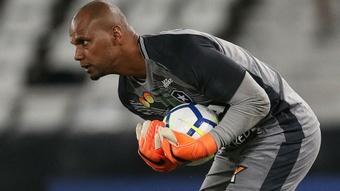 Botafogo decepciona em casa, e Vitória empurra a Chapecoense para o Z-4. Goal