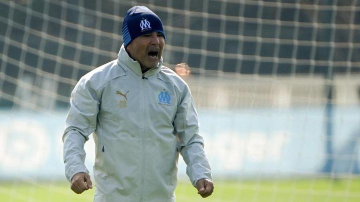 Luan Peres décrit le coaching de Jorge Sampaoli. goal