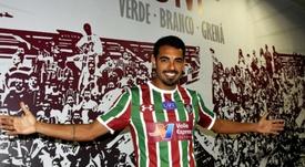 Sem chances no Corinthians, Junior Dutra é apresentado no Fluminense. Goal