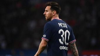 Touché au genou, Messi est incertain pour Metz. GOAL