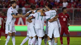 Panama 1-1 Mexico: Corona salvages point for El Tri. AFP