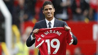 Raphaël Varane dévoile une anecdote sur Manchester United. goal