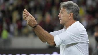 Contra o Barcelona, Renato Gaúcho pode se isolar como o treinador que mais venceu jogos na Libertado