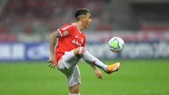 Saravia tem lesão confirmada e deve desfalcar Internacional no Brasileirão. EFE