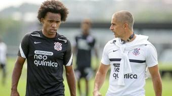 Corinthians pode ter estreia de quarteto entre os titulares contra o América-MG.